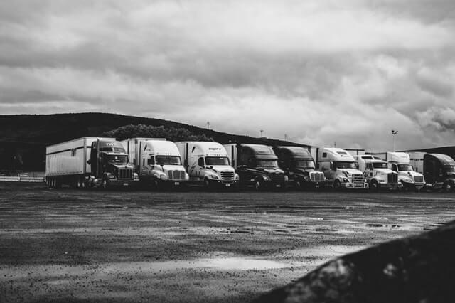 Reclamación por indemnización al cartel de fabricantes de camiones